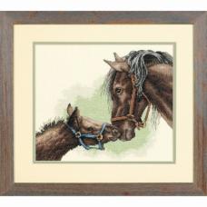 """Набор для вышивания крестом """"Мать и дитя//Mother and Colt"""" DIMENSIONS 13722"""