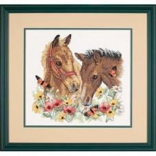 """Набор для вышивания крестом """"Друзья//Horse Friends"""" DIMENSIONS 03230"""