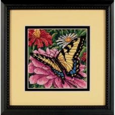 """Набор для вышивания гобеленом """"Бабочка на циннии//Butterfly on Zinnia"""" DIMENSIONS 07232"""