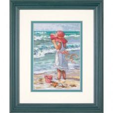 "Набор для вышивания крестом ""Девочка у берега//Girl at the Beach"" DIMENSIONS 65078"