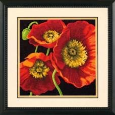 """Набор для вышивания гобеленом """"Красное маковое трио//Red Poppy Trio"""" DIMENSIONS 71-20073"""